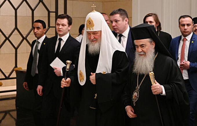 Russische Kirche  im Kampf gegen den Patriarch von Konstatinopol