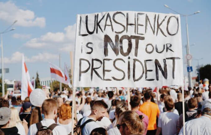 Die Funktion Tichanowskajas – die Proteste anführen